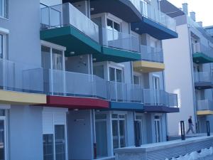 stanovanjski-blok-300x225
